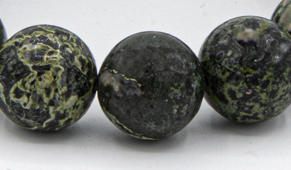 ALt= Kambaba Jasper Stones Close up.