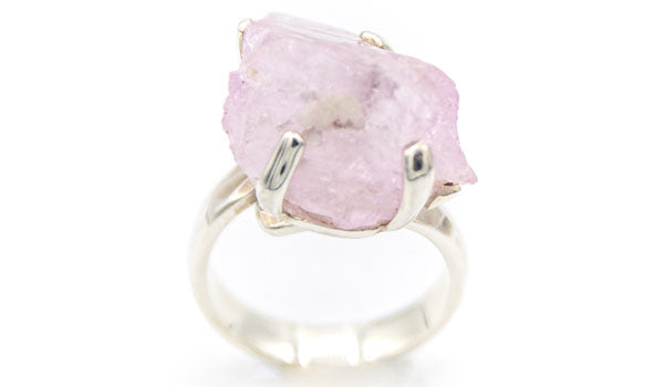 Alt= Kunzite full size ring.