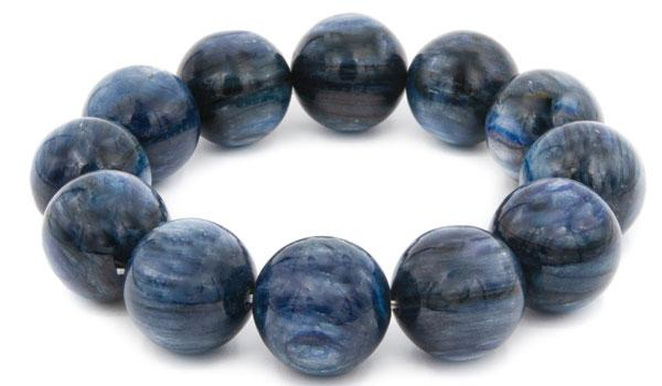 kyanite 19mm natural stone bracelet feature img