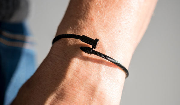 Black Cable Wire Nail Bracelet Lifestyle img