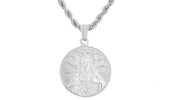 praying jesus pendant necklace feature img