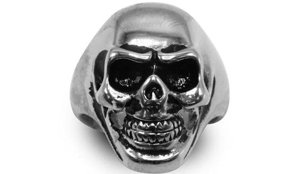 silver skull ring feature img