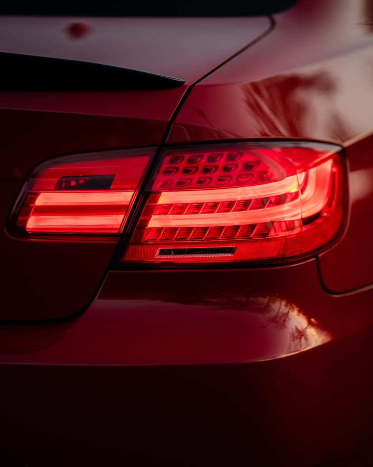 E92 Sequential LCI style taillights (fits both pre-LCI and LCI vehicles)