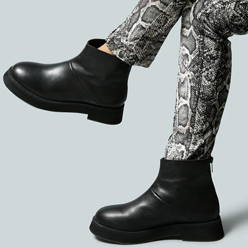 PALTROW Zip-up Black Ankle Boot