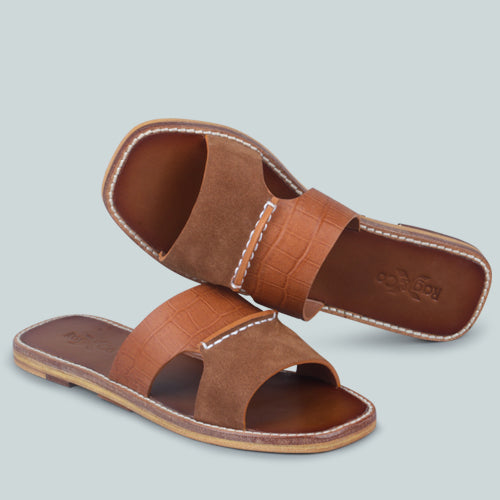 WOODLEY SLIP ON LEATHER FLATS IN TAN
