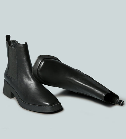 THERON Chelsea Upfront Black Boot