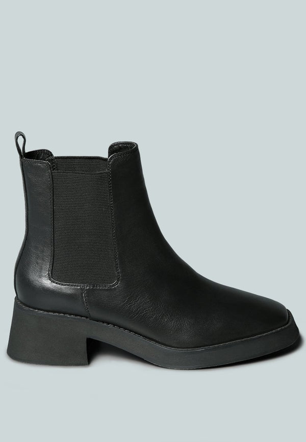 THERON Chelsea Upfront Black Boot - RAGNCO