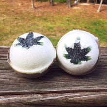 Load image into Gallery viewer, LITTLE HOMESTEAD FARM CANNABIS BATH BOMB | 25MG - CHARLOTTE CBD