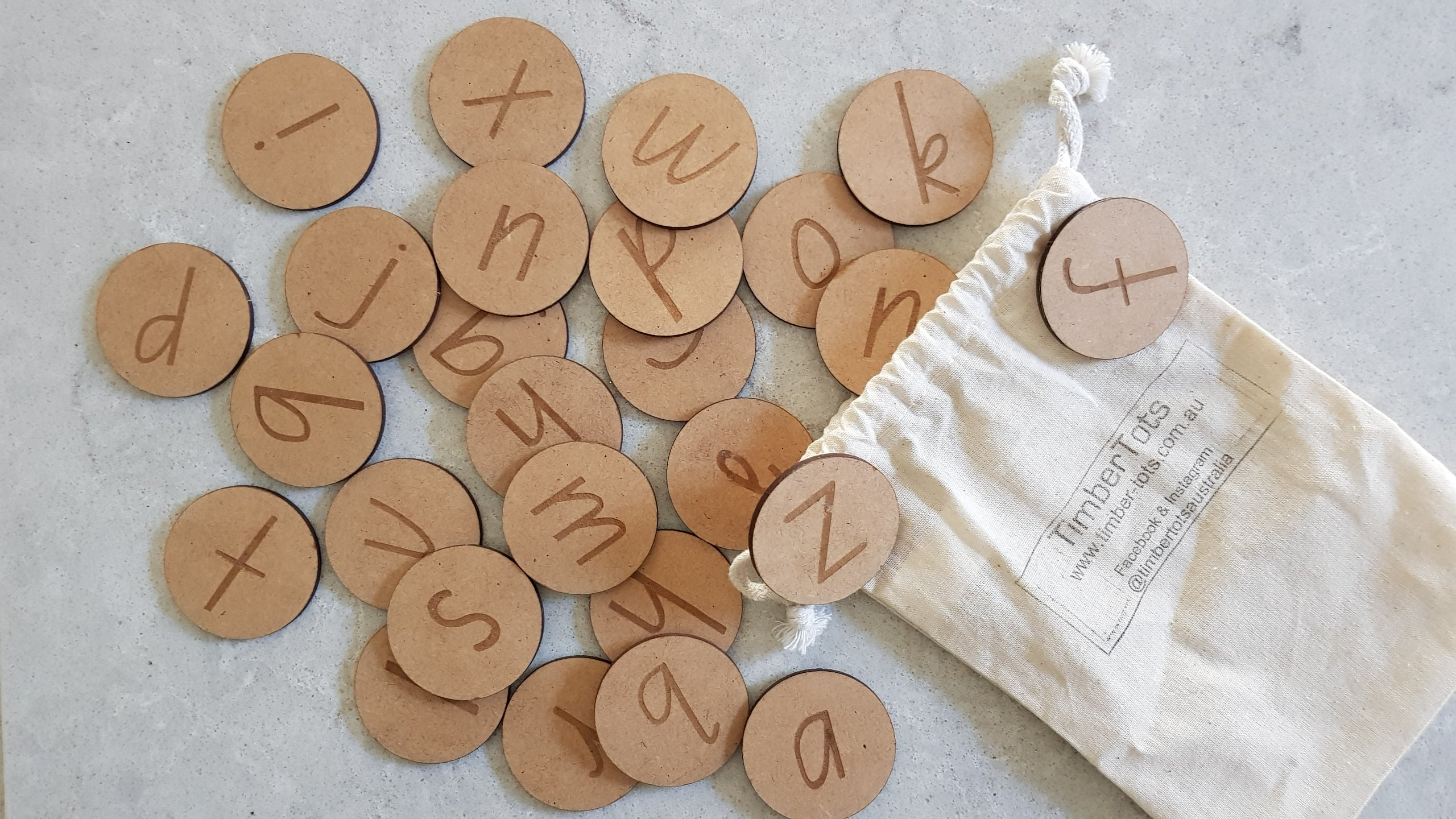 Magnetised Alphabet Discs