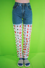 Load image into Gallery viewer, STRAWBERRY JEANS