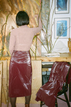 Load image into Gallery viewer, ZIP SLIT SKIRT IN BURGUNDY