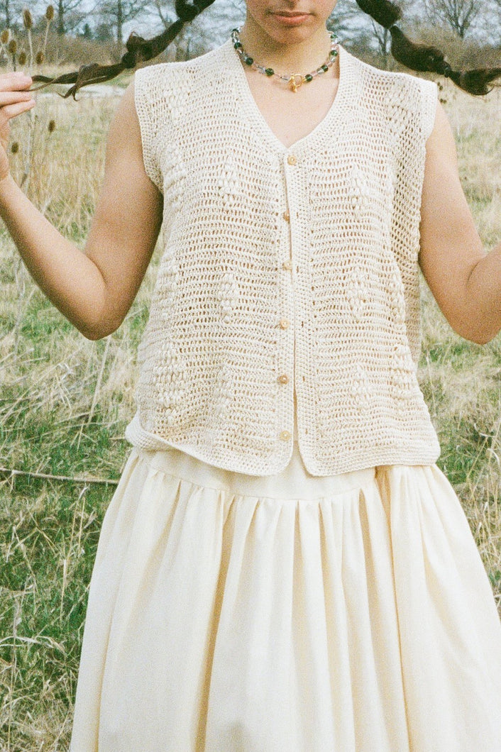 HAND CROCHETED LILY VEST IN CREAM