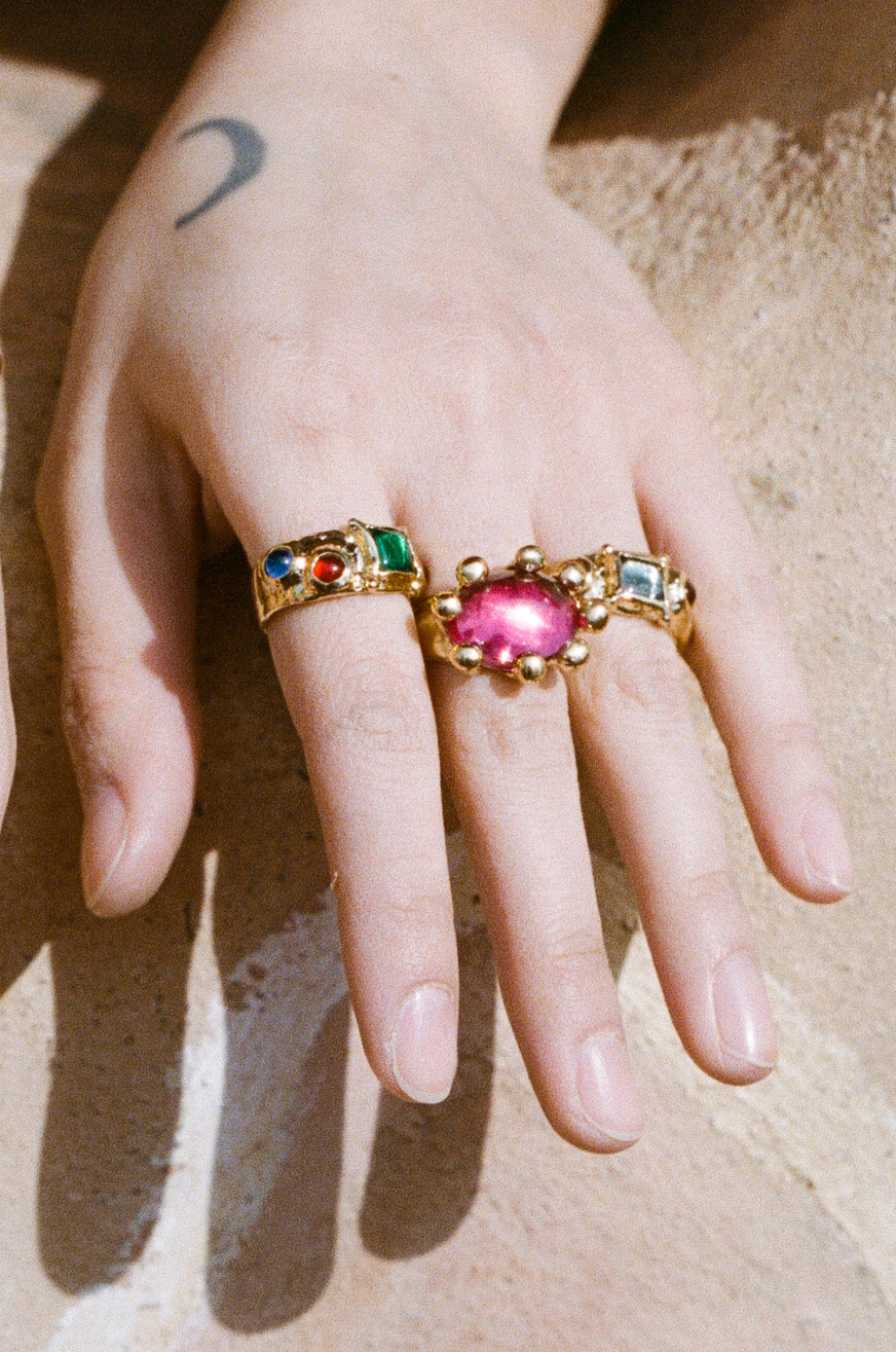DIVA RING IN FUSCHIA