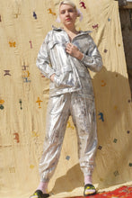 Load image into Gallery viewer, SHIMMA TRACK PANTS IN SILVER - Nor Black Nor White