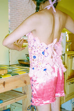 Load image into Gallery viewer, HANDWOVEN HALTER TOP IN PINK - Accidente Con Flores