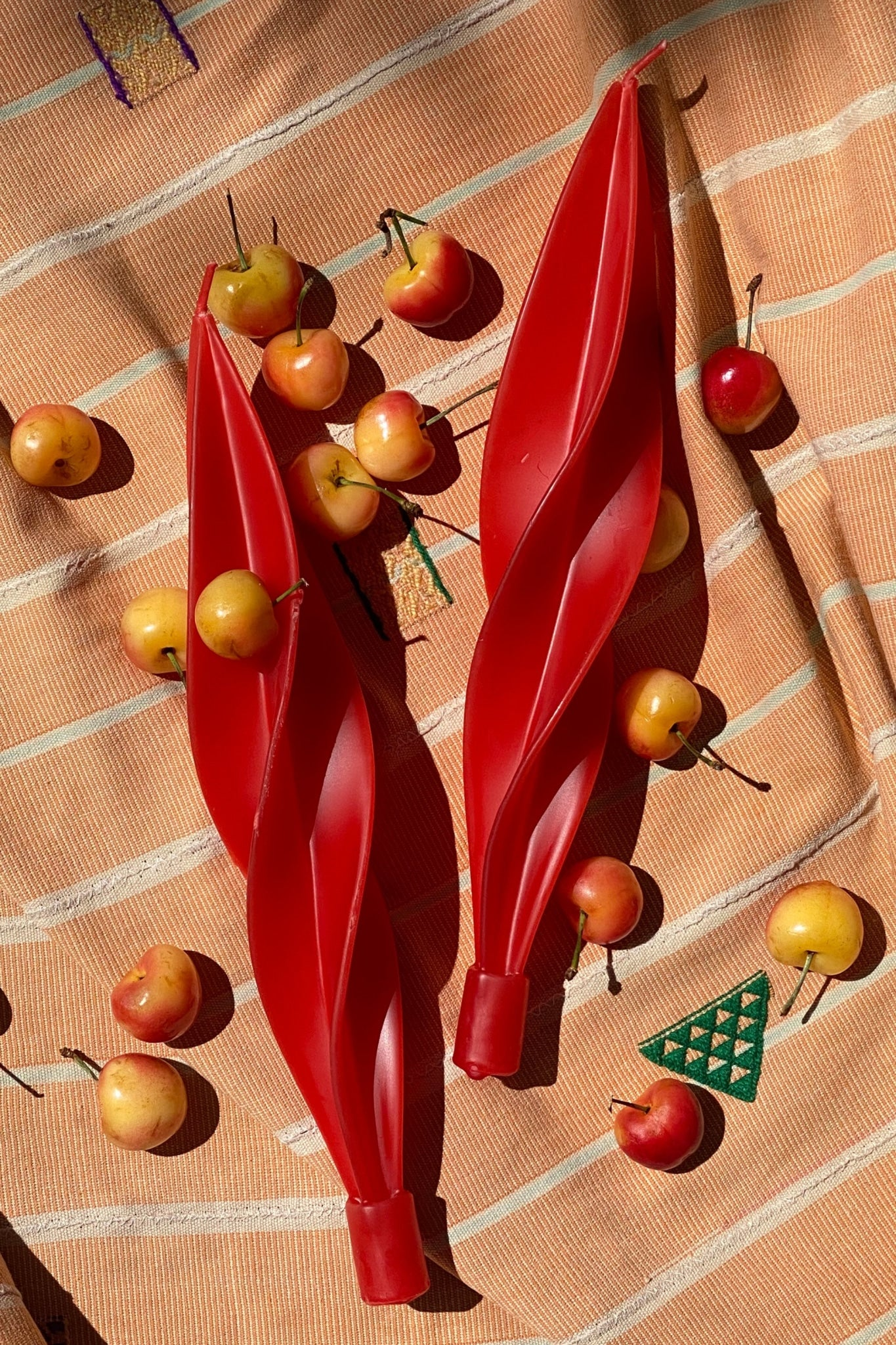 TWISTED BEESWAX CANDLES - RED - 100% SILK SHOP