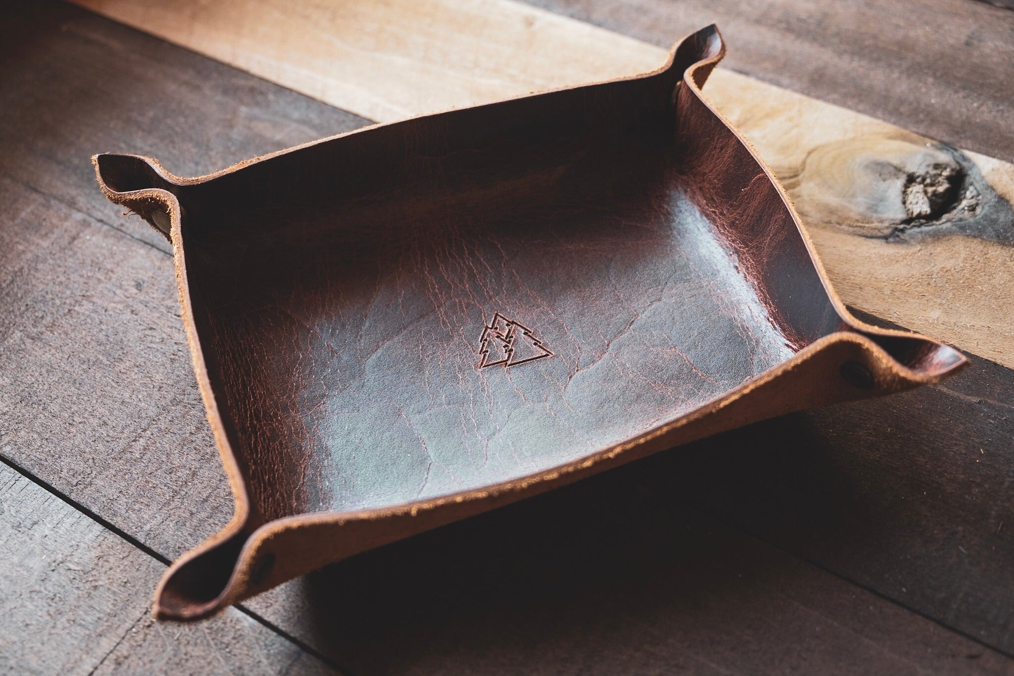 The Tumbledown | Leather valet tray