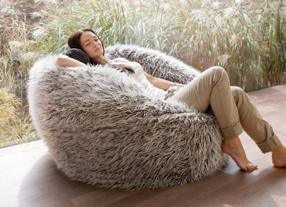 Brilliant White Fur Bean Bag Chair