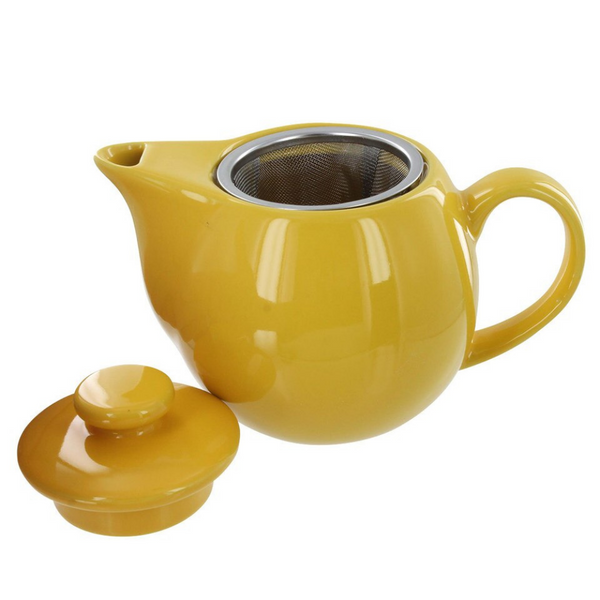 Yellow 4 ounce teapot with stainless steel infuser.