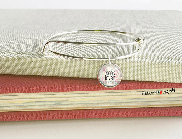 BOOK LOVER Bracelet (S9001) - PaperHeartDaily