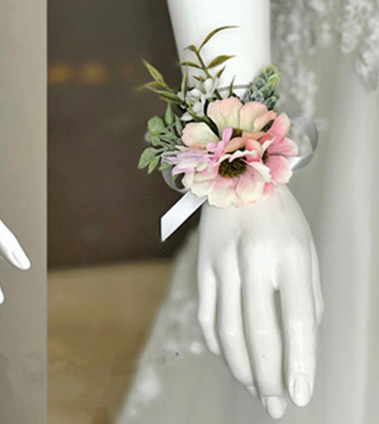 Pink Daisies Corsage-Event-All-Times-Gifts