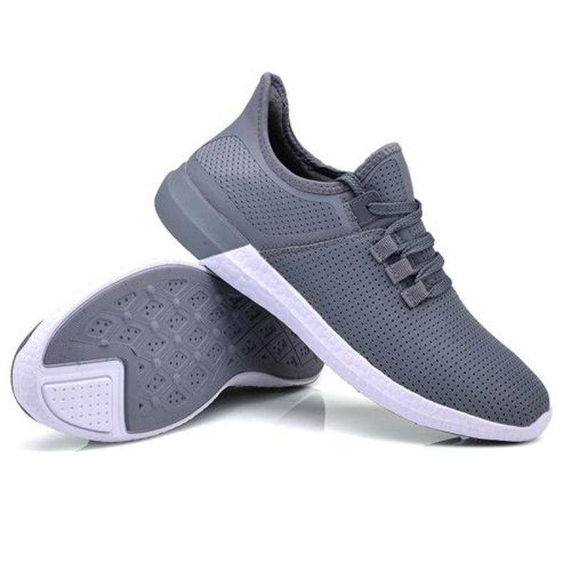 Ultra Breathe Heel Support Sneakers