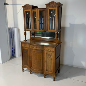 Buffet double corps 1900