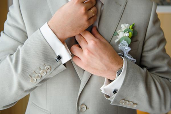 5 Awesome Cufflinks for Men in 2020
