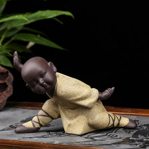 NEWQZ Chinese Kung Fu Monks Figurine Home Decor, Ceramic Statues Ornaments Living Room Decoration