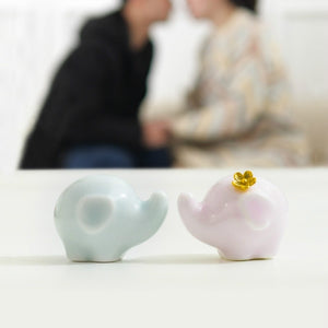 Tiny and Cute,Smooth and Exquisite Porcelain Elephant Doll for People You Care,1 Pair