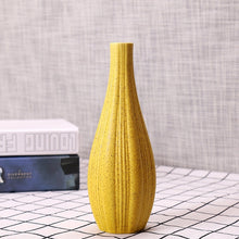 "NEWQZ.COM Modern Simplity Ceramic Flower Vase Creative Living Room White Dry Flower Appliance Nordic Home Decor, 8.3"" H"