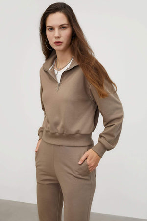 Cozy Cropped Jumper, Tan