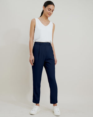 Juna Suit Slim Pants in Navy