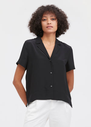 V Neck Half-Sleeve Silk T-shirt in Black