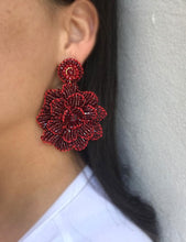 Load image into Gallery viewer, Red Velvet Hand-Crochet Blossom Chandelier