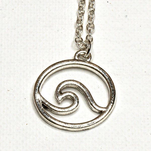 Silver Round Wave Necklace