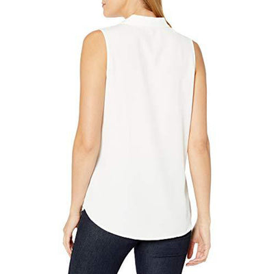 Sleeveless Blouse with Inverted Pleat