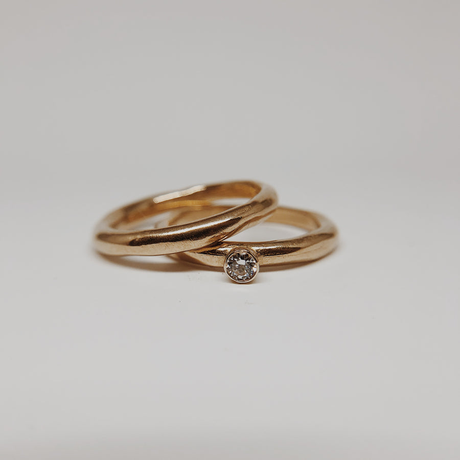 Tidal Solitaire Ring | Gold + Diamond