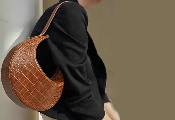 Brown Croco Leather Bag Model Presentation