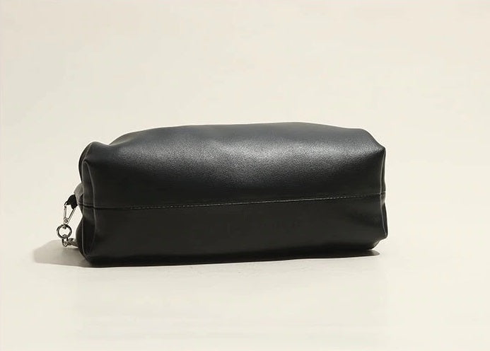 Black Leather Pouch Bottom Detail