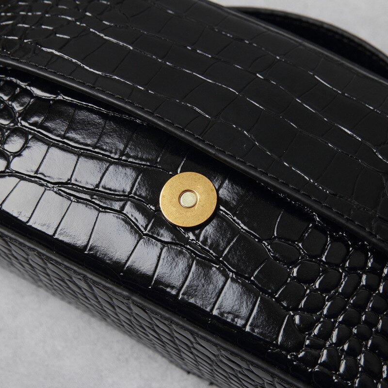 Black Croco Leather Bag Closure Detail View