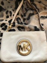 Load image into Gallery viewer, consignment bag - Michael Kors ivory wristlet