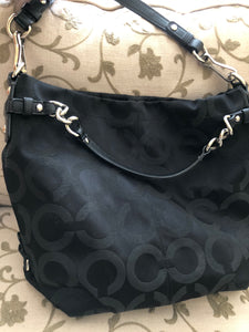 consignment bag - Coach larger, black canvas