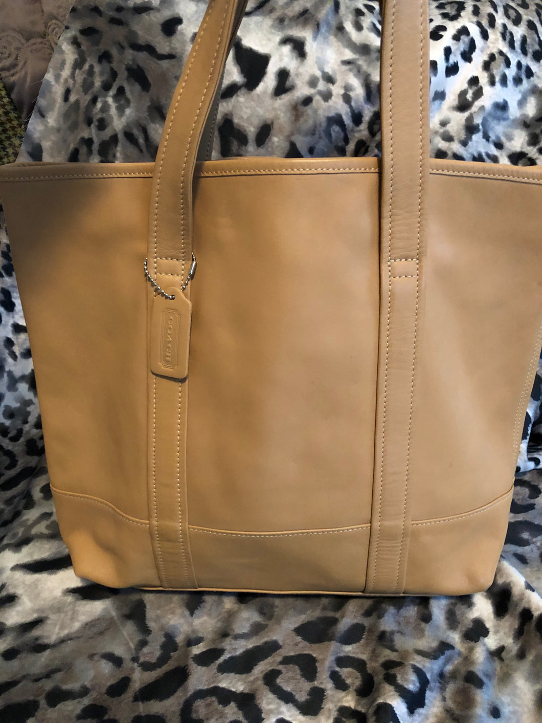 consignment bag - Coach tote