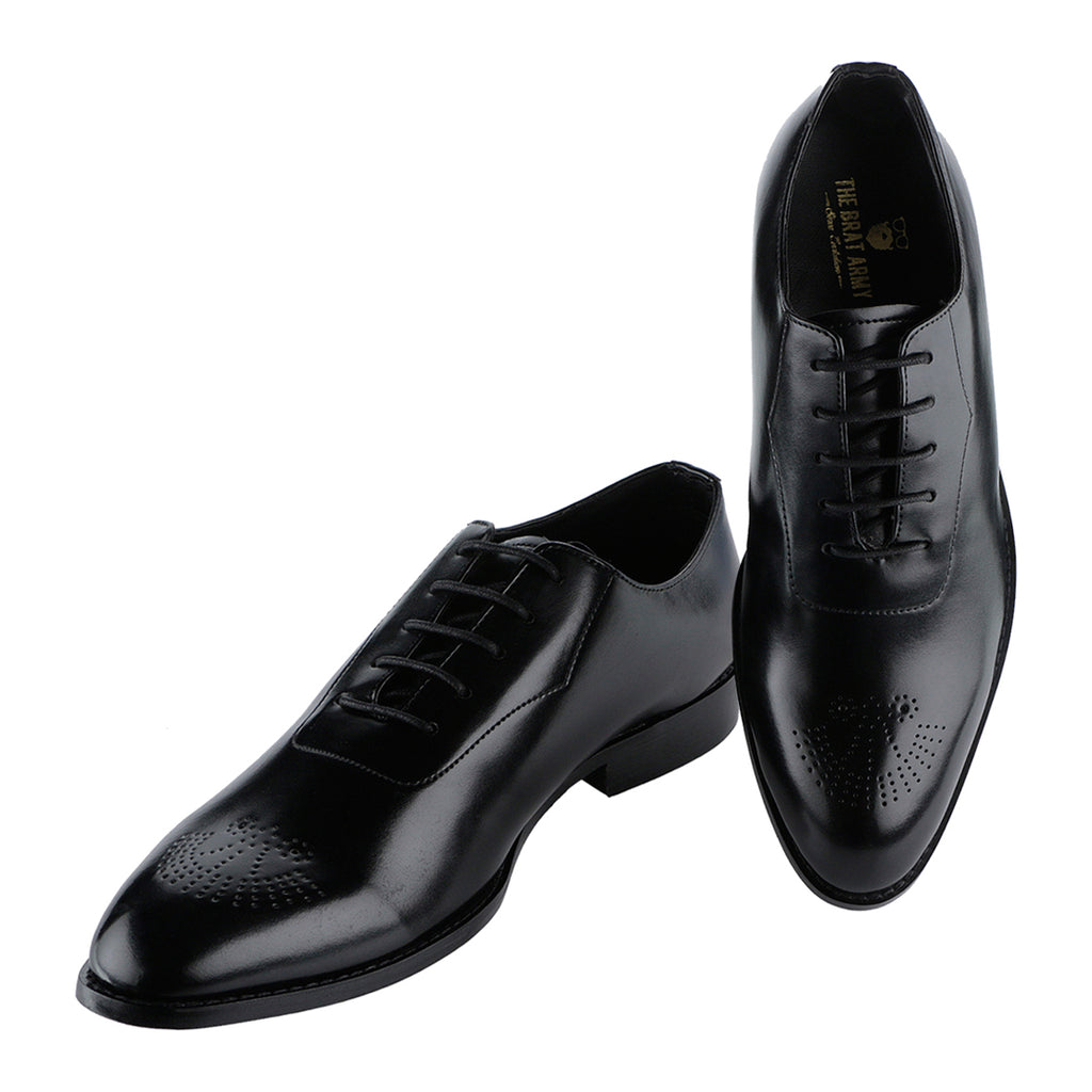 NOVARA BLACK MEDALLION-TOE  OXFORDS
