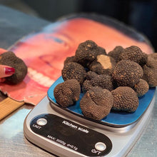 Load image into Gallery viewer, Fresh Summer Truffles (Tuber Aestivum Vitt)
