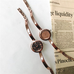 Exquisite  Gold Retro Bangle Watches