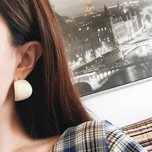 White Geometric Pearlescent Earrings