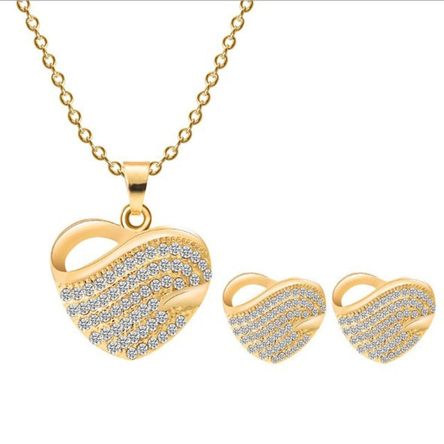 Romantic Crystal Heart Shape Necklace