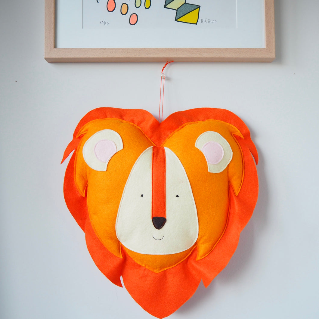 Wall Hanging Lion Head